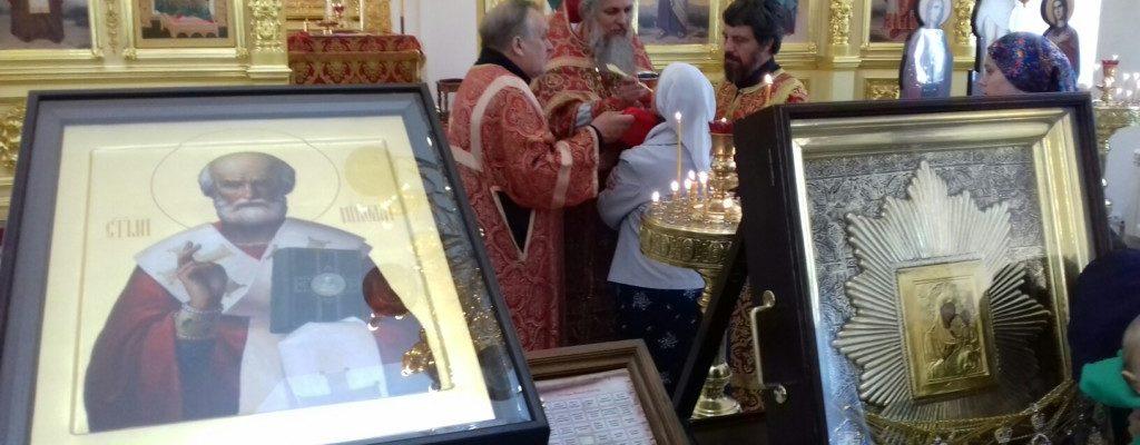 В храме встретили икону Пресвятой Богородицы «Избавительница от бед»