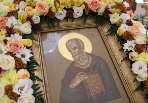 В день престольного праздника благочинный совершил Литургию